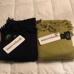 Set of Two Marvelush Scarves in Navy & Pistachio